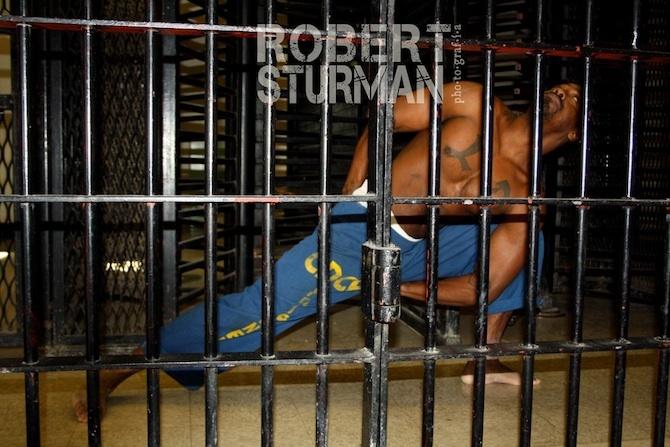 yoga in prigione