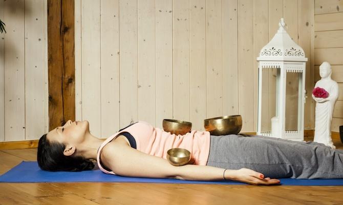 posizione cadavere yoga