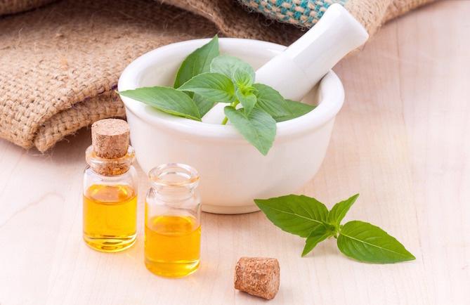 olio essenziale curcuma