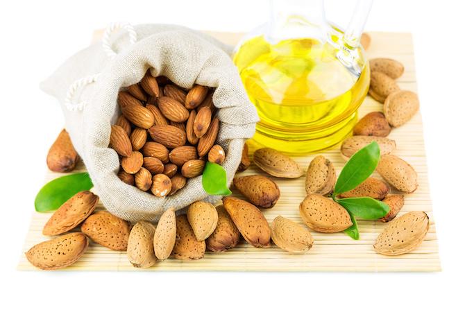 massaggio olio di mandorle dolci
