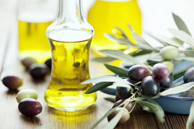 massaggio olio di oliva