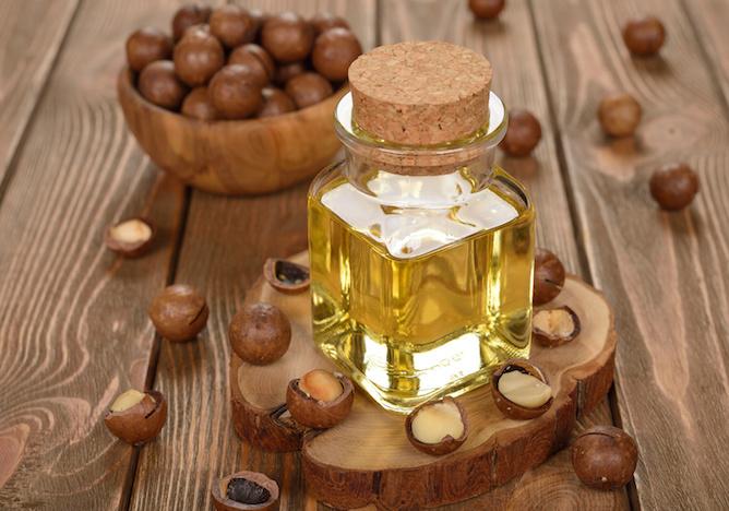 massaggio olio di nocciola