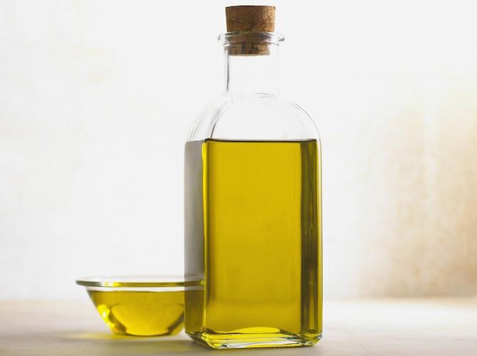 pulizia orecchie olio oliva