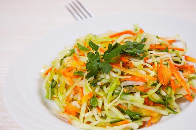 ricette cetrioli rinfrescanti insalata