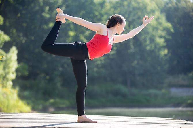 posizioni equilibrio concentrazione natarajasana