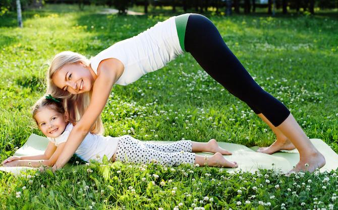 posizioni yoga bambino sfinge