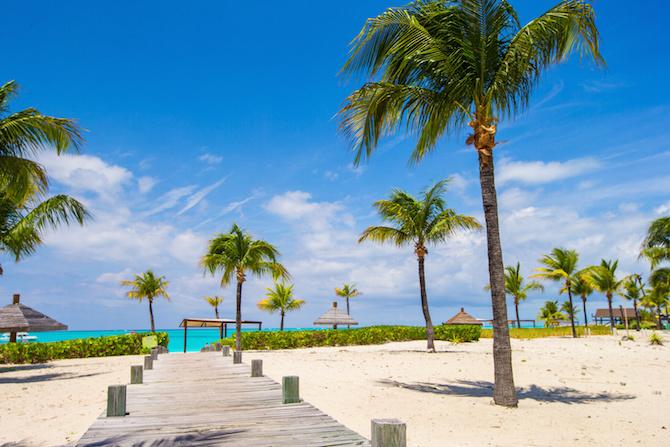 spiaggia grace bay providenciales