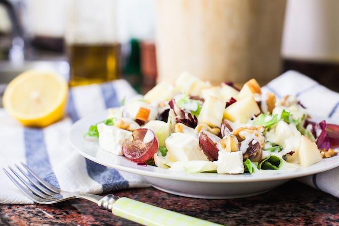 ricette dieta settembre insalata uva mandorle