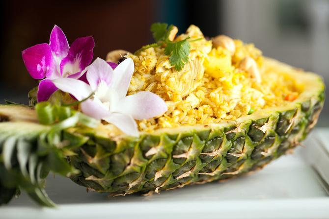 ricetta vegana thailandese riso saltato ananas