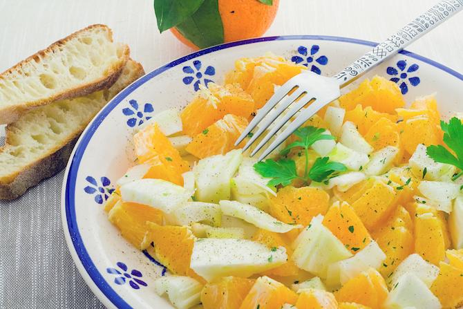 dieta dicembre ricetta insalata finocchi arance