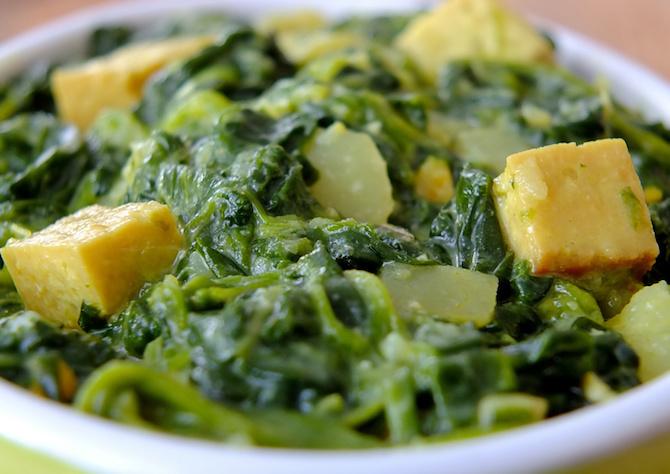 insaporire tofu con spinaci