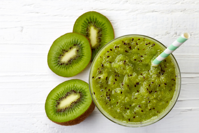 smoothie-kiwi-banana