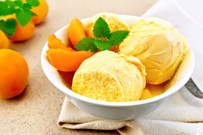 gelato-albicocche