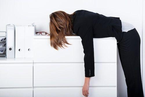 Avere sempre sonno, sintomi e diagnosi dell'ipossia