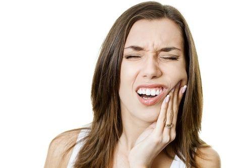 Ascesso dentario, rimedi naturali