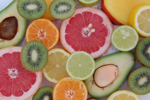 Frutta tra gli alimenti per la pelle