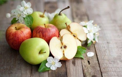 Proprietà e benefici delle mele