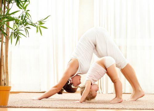 Yoga per bambini: origini, pratica, benefici