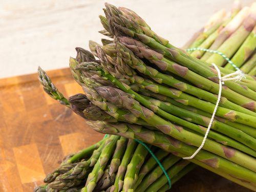 Asparagi e altri cibi diuretici