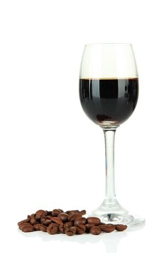 Caffè, alcolici e colite
