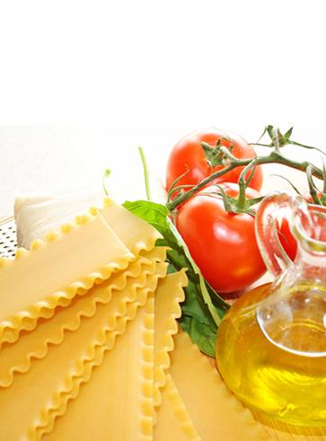 Primo piatto: lasagna con pomodoro e ricotta di mucca