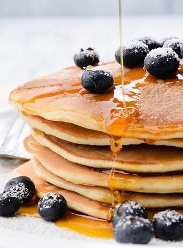 Pancake alla banana e semi di lino