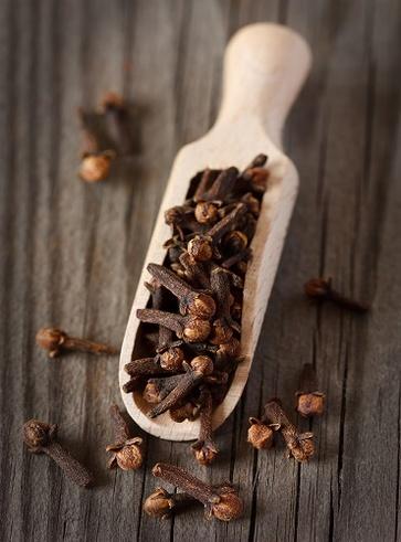 Antinevralgico come l'olio essenziale di chiodi di garofano