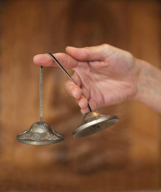 La meditazione Chakra Sounds