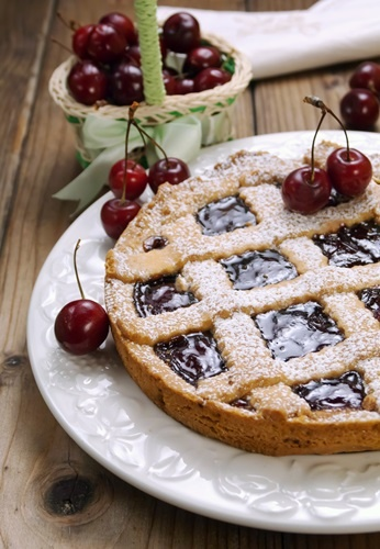 Crostata vegan all'amarena per la mamma