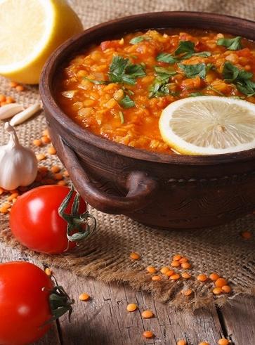 Zuppa araba di lenticchie al limone e zenzero