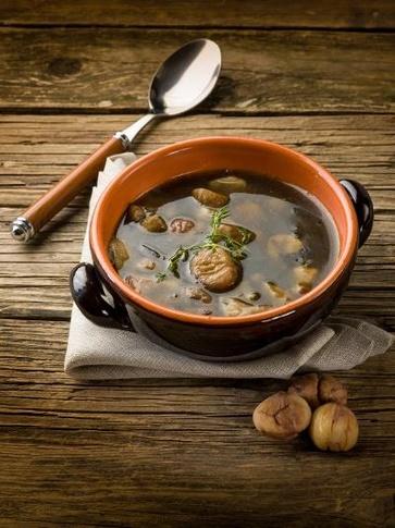 Zuppa di ceci, castagne e patate