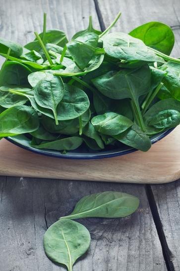 Sfatiamo un mito: gli spinaci sono davvero ricchi di ferro?
