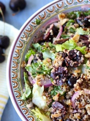 Insalata di quinoa alle ciliegie