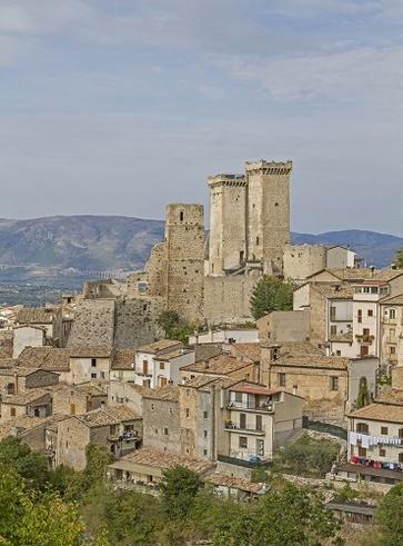 Borgo di Castrovalva, l'Abruzzo di Escher