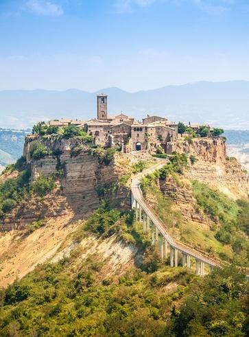 Civita di Bagnoregio, a due passi da Viterbo