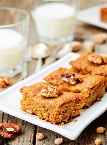 Biscotti dolci con farina di ceci e noci