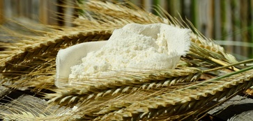 Usare la farina giusta per fare il pane