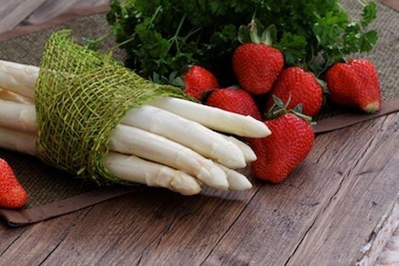 La frutta e la verdura di maggio