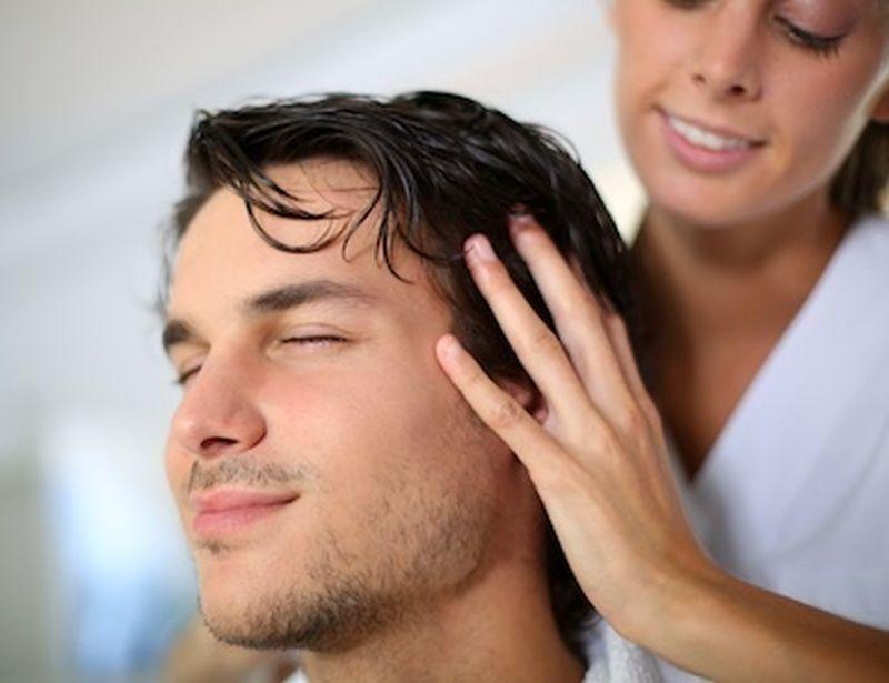 Capelli perfetti con il massaggio ayurvedico