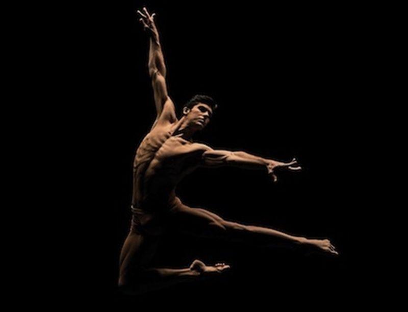 Roberto Bolle, forma perfetta tra danza e alimentazione