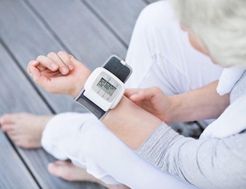 I benefici dello yoga per l'ipertensione