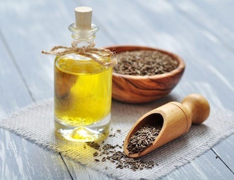 Nervosismo? Càlmati con l'olio essenziale di cumino!