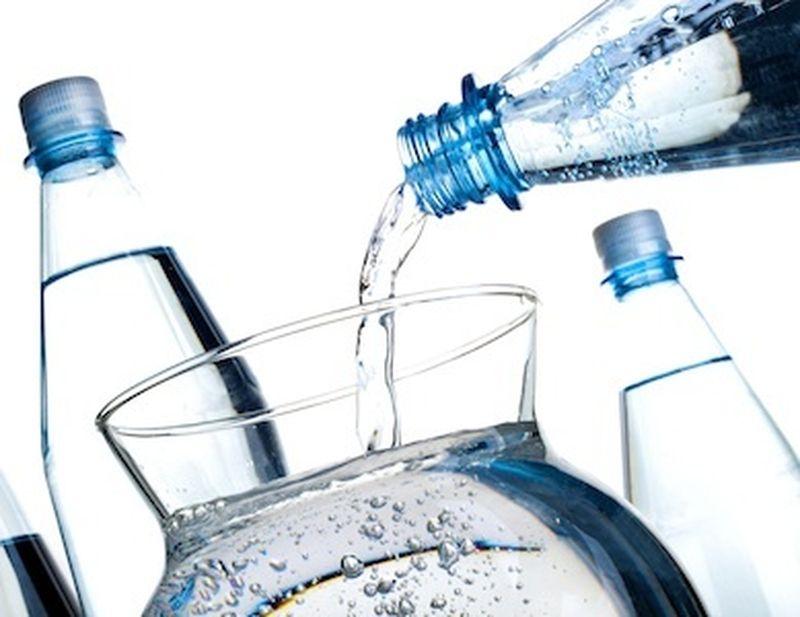 Acqua alcalina ionizzata: quanto fa bene?