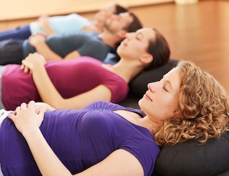 Contro l'intestino irritabile prova lo yoga