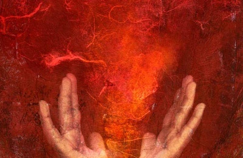 Energia che si libera dalle mani con il reiki
