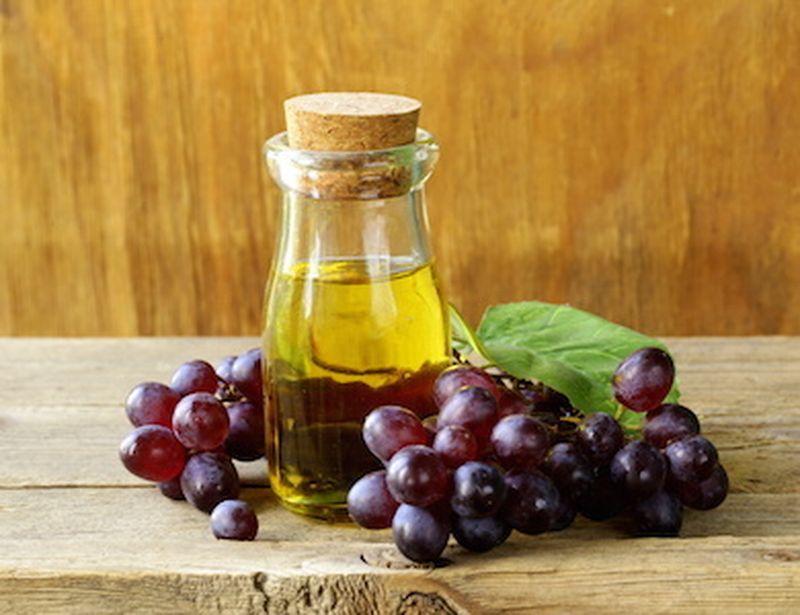 Cosmetici a base di vino, ecco 2 ricette