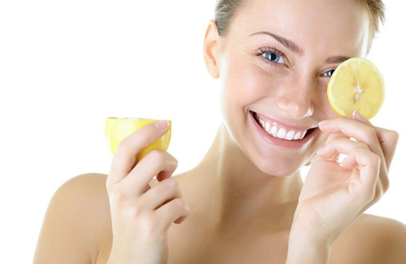 Gli usi cosmetici del limone