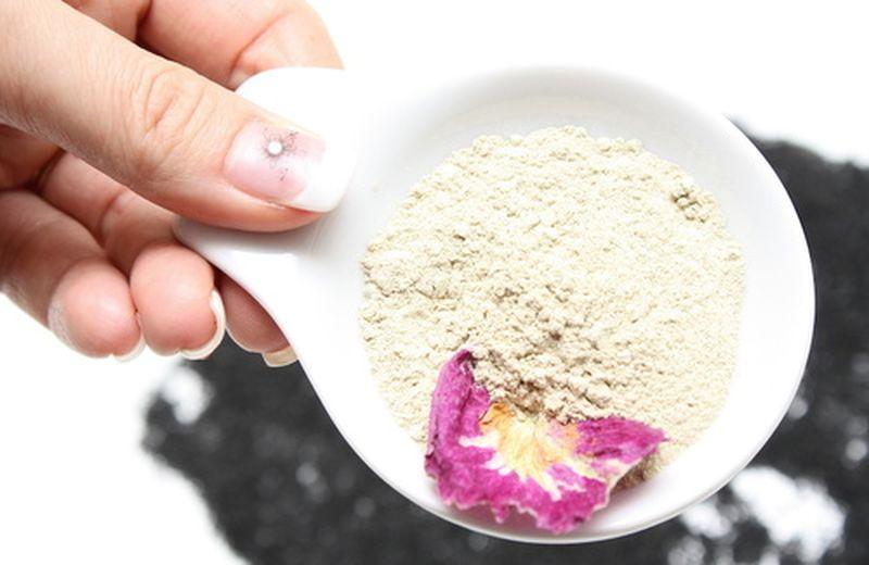 Depurarsi con l'argilla verde