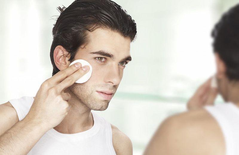 I cosmetici naturali per l'uomo