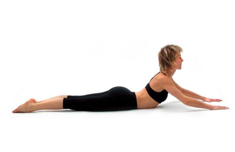 L'energia che scorre lungo la colonna vertebrale con lo yoga